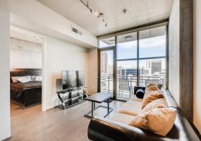 353 E Bonneville, Las Vegas, United States 89101, 2 Bedrooms Bedrooms, ,2 BathroomsBathrooms,Condo,Furnished,Juhl,E Bonneville,11,1312