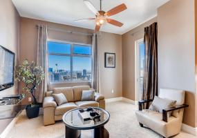 Las Vegas, Nevada, 1 Bedroom Bedrooms, ,1.5 BathroomsBathrooms,Apartment,Furnished,The Ogden,Las Vegas ,20,1328